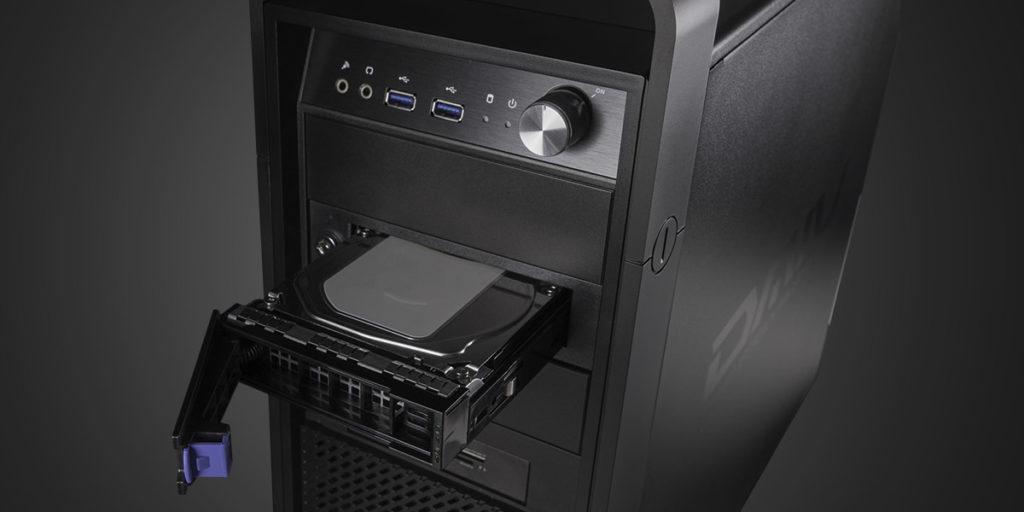 DAIVにはリムーバルディスクを備え付けることができる